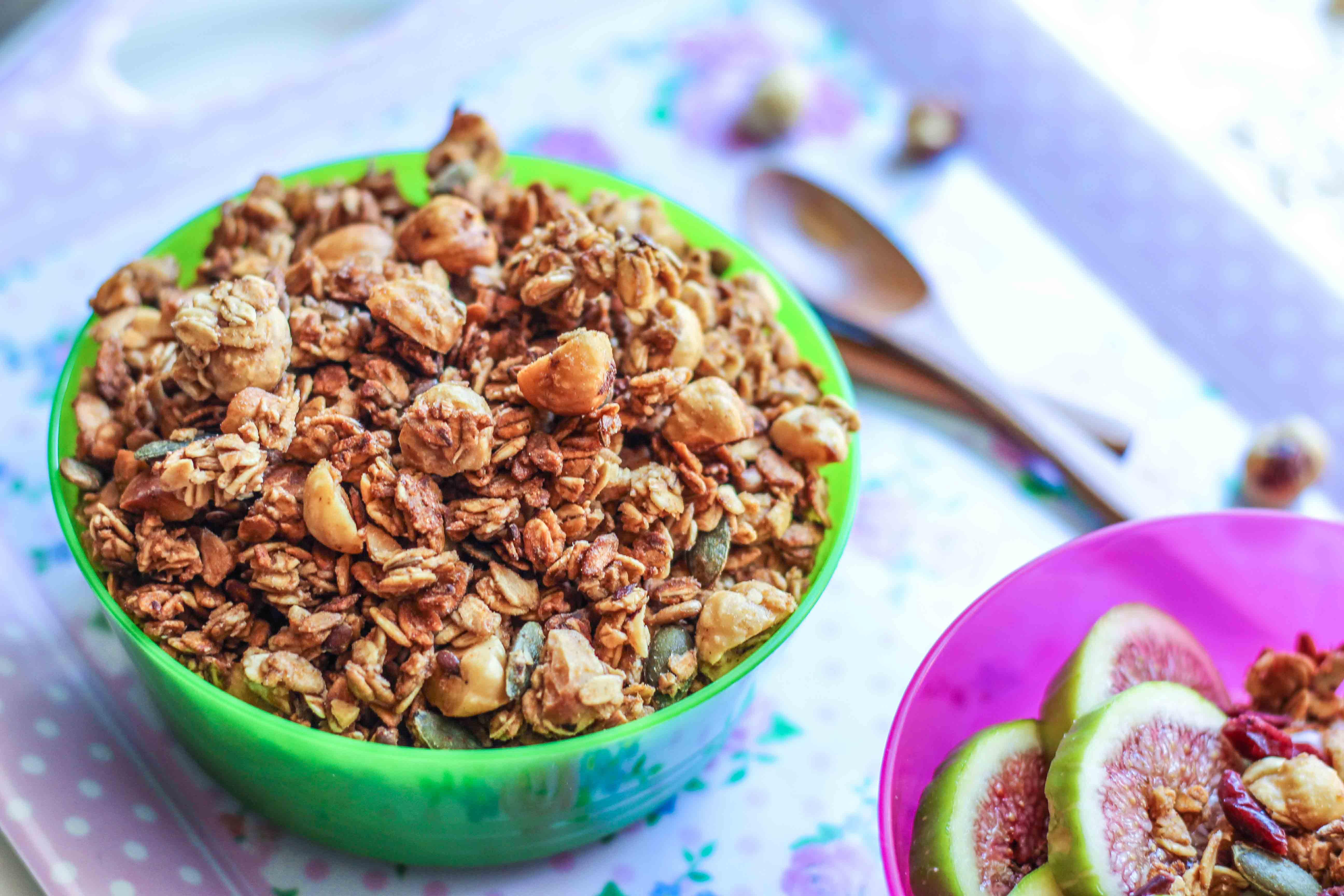 granola nocciole mela