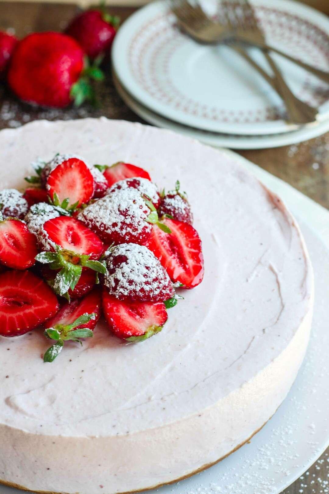 cheesecake alla fragola senza cottura